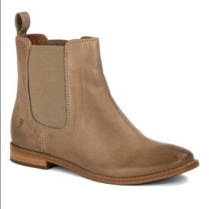 Frye Anna Chelsea Leather Boot Ash